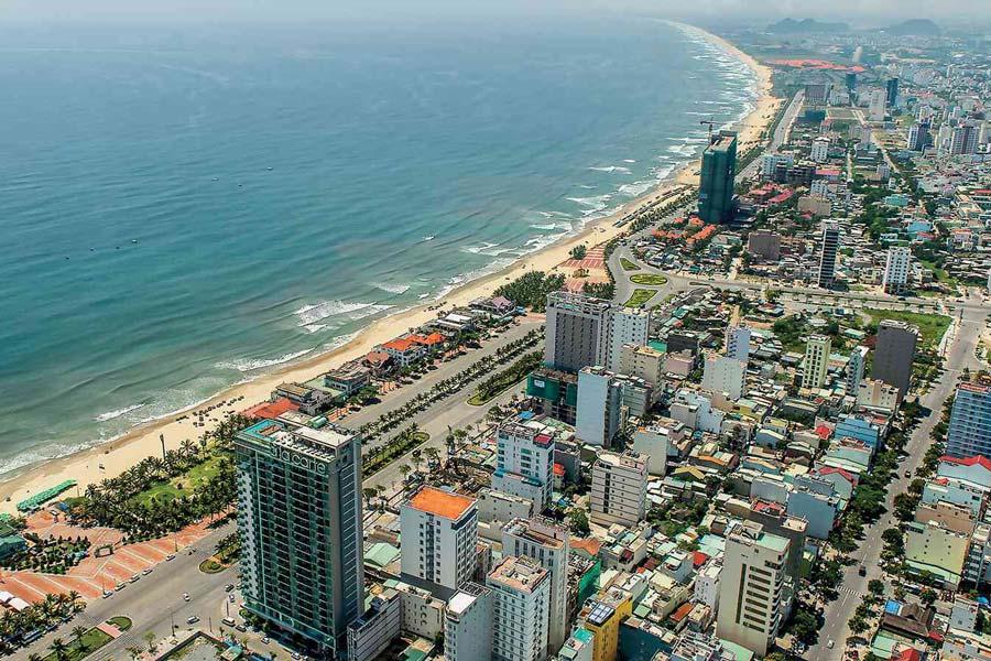 View Đà Nẵng từ bán đảo Sơn Trà
