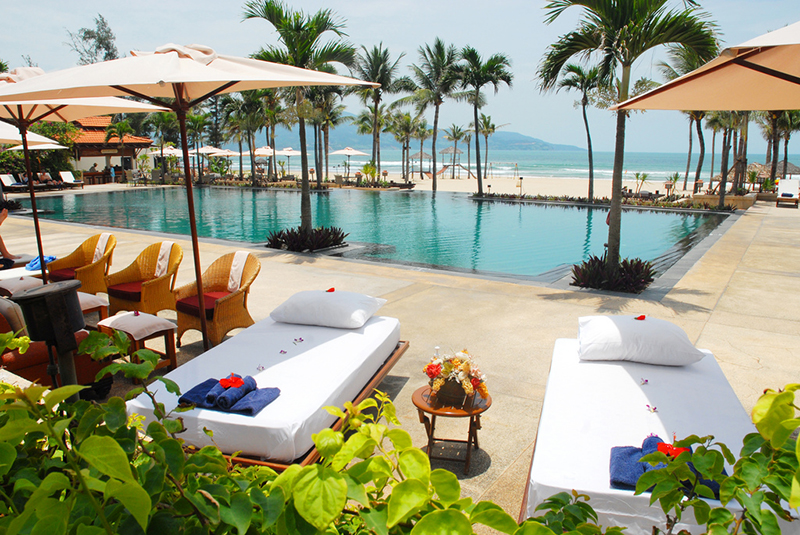 ocean suites pool da nang