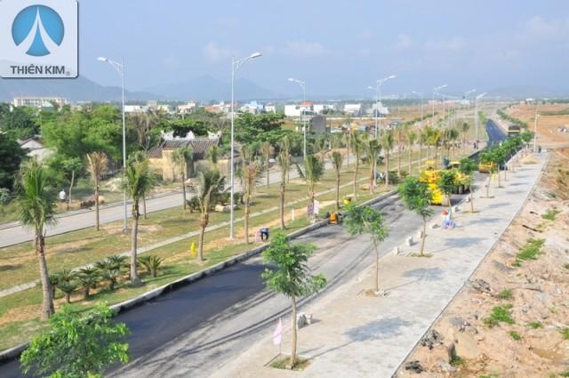 Cần bán đất đường Nguyễn Tất Thành, thuộc Khu đô thị sinh thái Golden Hills, 125m<sup>2</sup>, ngang 5m, 450 triệu