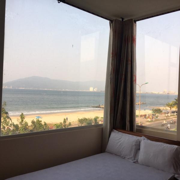 Cho thuê Khách sạn 2 sao đường Nguyễn Tất Thành, 125m<sup>2</sup>, ngang 6m, 45 triệu/tháng