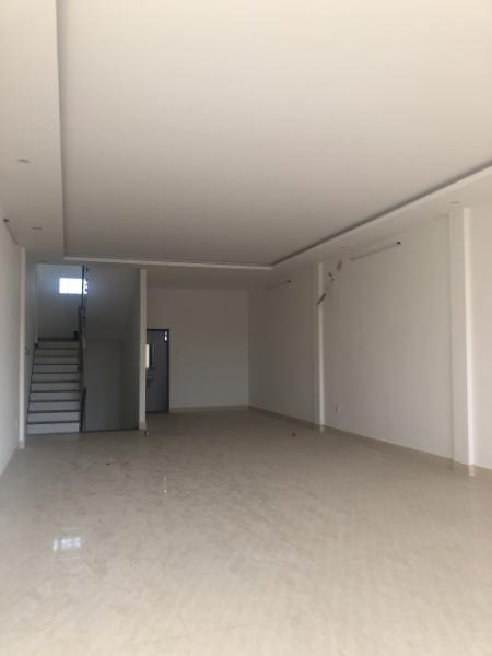 Cho thuê nhà đường Tôn Đức Thắng, 191.7m<sup>2</sup>, 3 tầng, 25 triệu/tháng